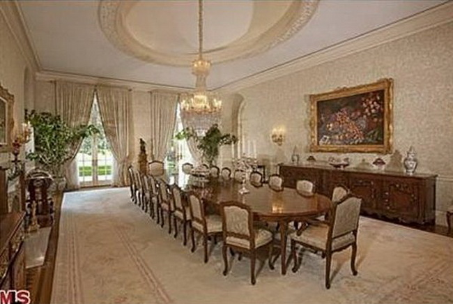 Most expensive house in us sold for 150m How to spell luxurious