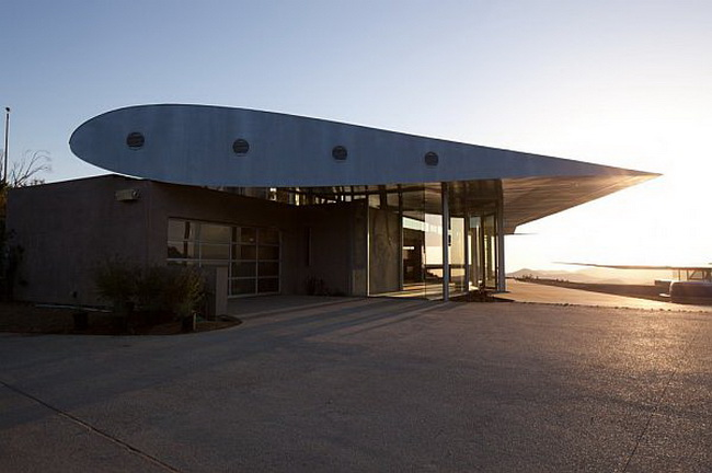 The 747 House In Malibu By David Hertz