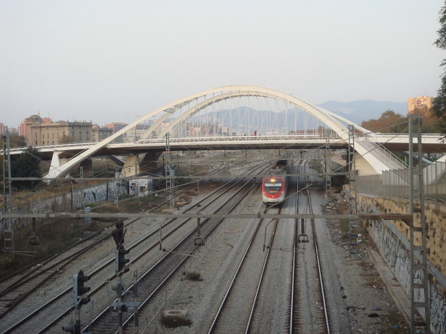 Bac de Roda Bridge 6