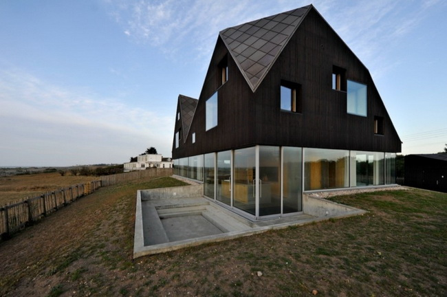 [Contemporist]. Dune house in Thorpeness ...