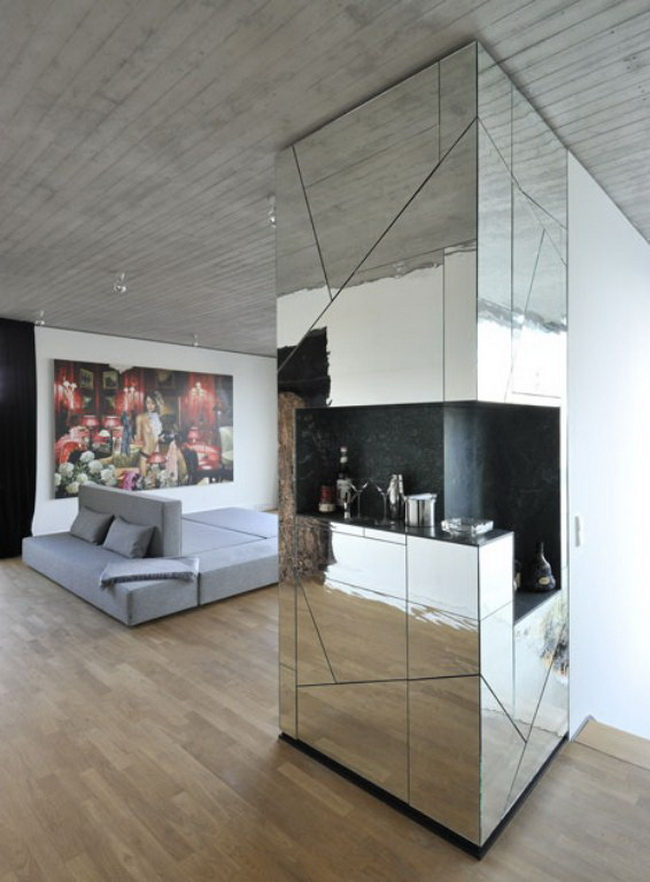Contemporary Penthouse With Mirror Walls