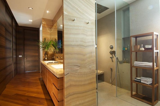 Elegant home interior in new delhi india for Bathroom interior designers in delhi