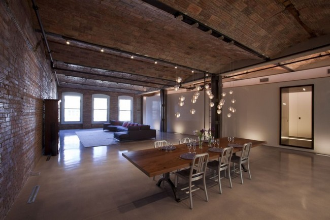 Union Square Loft in Manhattan .