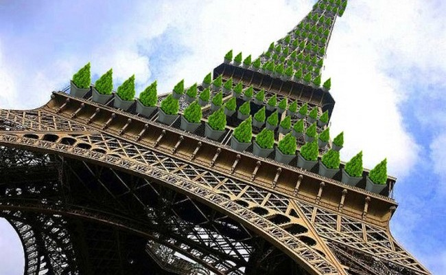 Green Eiffel Tower 1