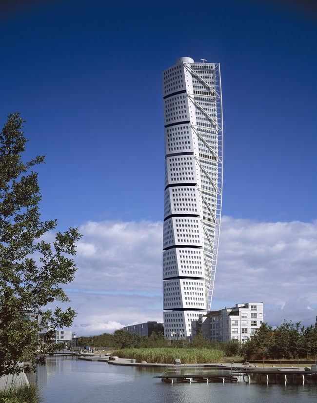 the stunning turning torso in malmo sweden