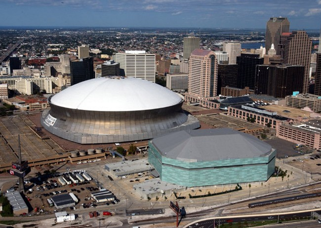 The mercedes benz superdome in new orleans louisiana for Mercedes benz new orleans service