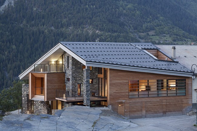 The mineral lodge in savoie france for Lodges in france
