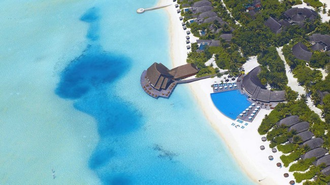The Anantara Dhigu Resort and Spa in the Maldives 01
