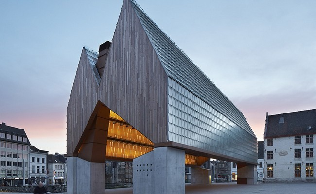 Market Hall by Robbrecht en Daem and Marie-Jose Van Hee 01