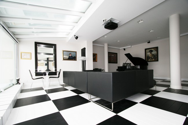 Black And White Office By Toya Design