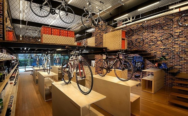FHL Sports Store by Design Spirits 03