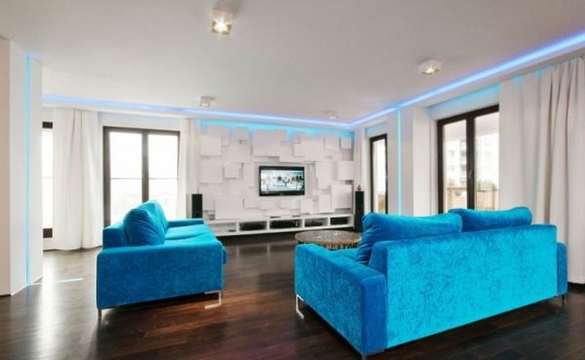 Stylish and Colorful Warsaw Apartment 01