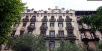 Chic Apartment in Barcelona s L Eixample District 01