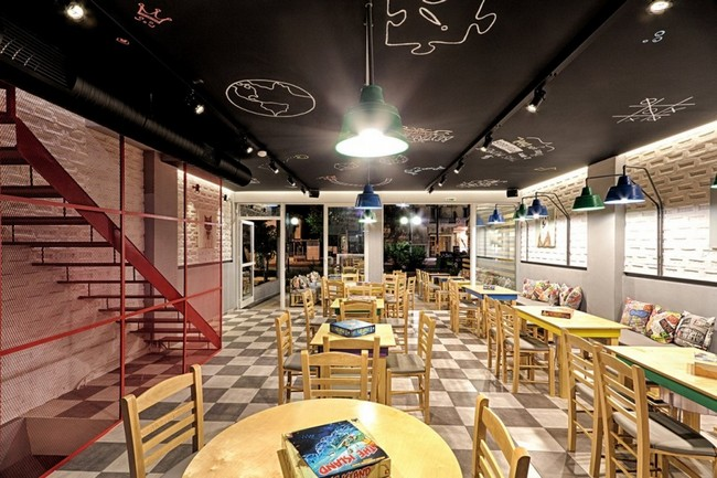 Alaloum Board Game Cafe By Triopton Architects