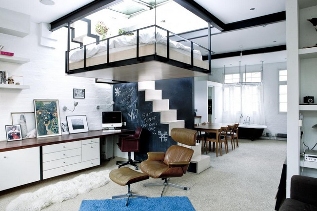 London Home With Suspended Living Room Bed