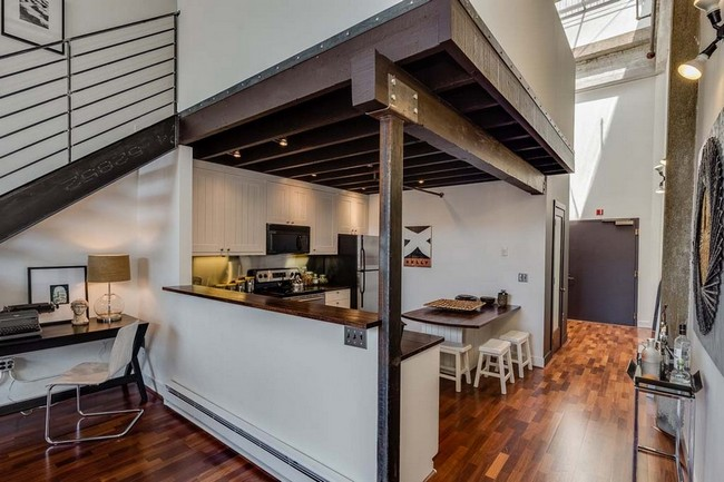 Conversion Loft In San Francisco With Vaulted Concrete