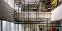 A steel cage unites the elements in this apartment 00002