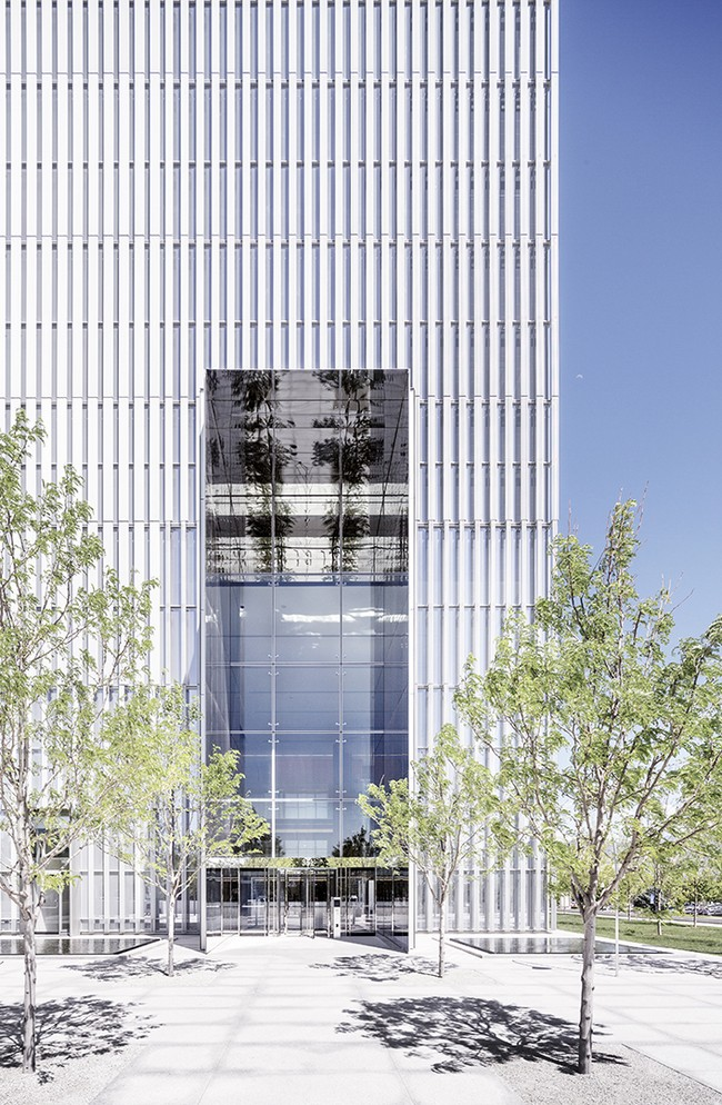 Sun City (CA) United States  City pictures : ... ensuring the needed shading through vertical aluminum sun screens