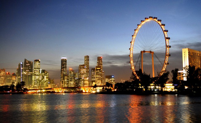 10 Must Visit Buildings in Singapore