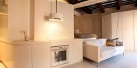 Modern And Traditional Apartment in Trastevere 00002